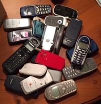 La campaña de recogida de móviles recauda más de 5.200 euros para la investigación de las enfermedades de los neurotransmisores